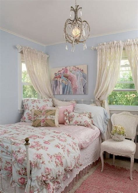 canopy bed sheers 30 cool shabby chic bedroom decorating ideas for