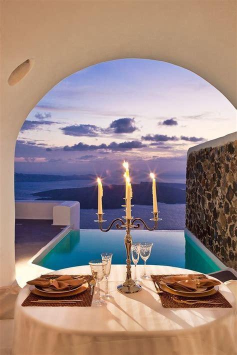 santorini greece   romantic getaway destinations