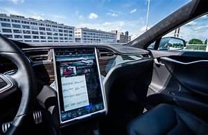 2016 Tesla Model S P85D Review - GTspirit
