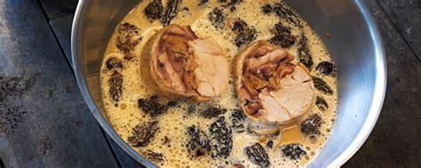 cuisiner une poularde pour noel rouelle de poulet fermier au vin jaune et morilles