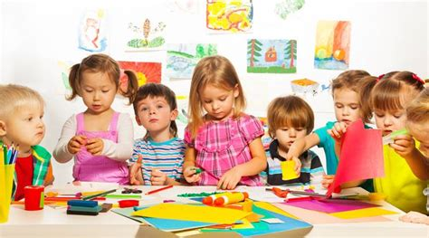 pre school education improves alphabet recognition skill 894 | thinkstock children pre school