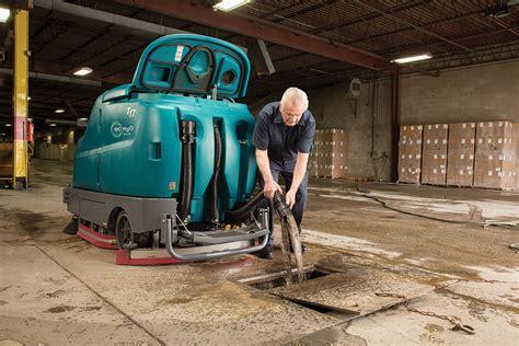 Tennant 17 Floor Machine by Tennant T17 Rider Floor Scrubber 3