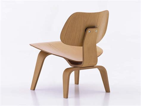 chaise design eames buy the vitra lcw eames plywood chair at nest co uk