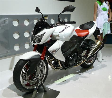Kawasaki Z1000 Image by Sports Bikes Kawasaki Z1000 Image Pics