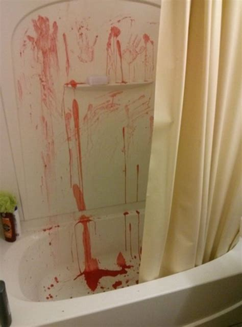 hilarious bathroom pranks     pee