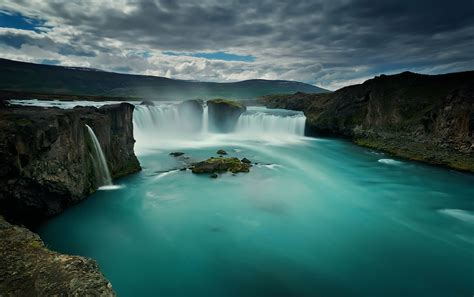 waterfall godafoss iceland   desktop wallpapers