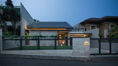 model rumah memanjang bisa terlihat menawan