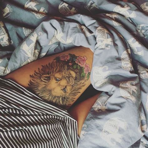 idees tattoo cuisse  tatouages de caractere