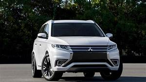 2018 Mitsubishi Outlander Phev First Drive  Head Of The Class  Of One