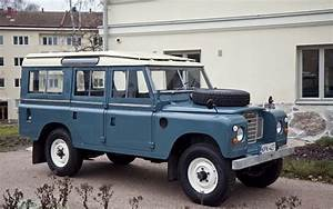1975 Land Rover Series 1 - 3