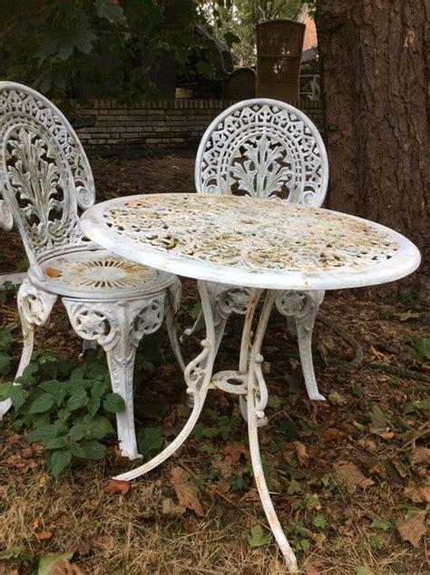 wonderful vintage cast iron garden furniture