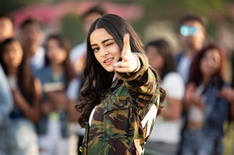 ananya pandey  hd photosimages pictures collection