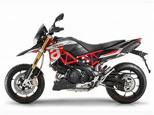 Aprilia Shiver 900 : 2018 aprilia dorsoduro 900 and shiver 900 first look review rider magazine ~ Medecine-chirurgie-esthetiques.com Avis de Voitures