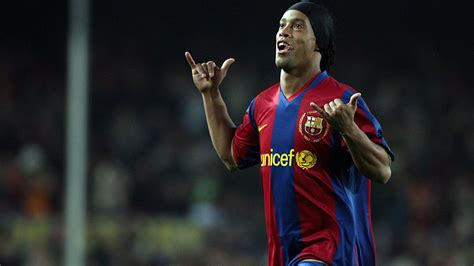 ronaldinho lined   join barcelonas fcb legends project marca  english