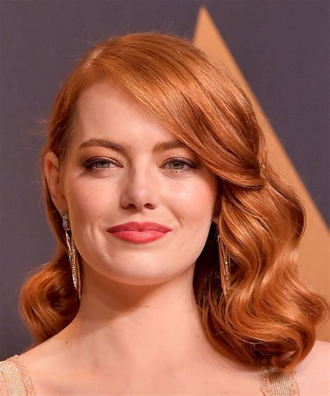 Emma Stone Vintage Medium Wavy Formal Bob Hairstyle