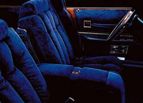 poll  classic luxury car    interior