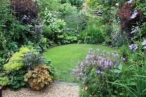 Schöne Gärten Anlegen : 88 tolle gartenideen f r kleine g rten ~ Markanthonyermac.com Haus und Dekorationen