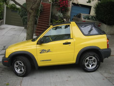 """Researching The 2003 """"chevy"""" Tracker Convertible"""