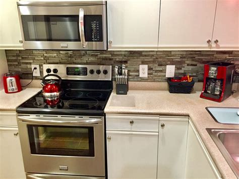 backsplash in kitchen pictures totally remodeled in 2016 no stairs central location 4266