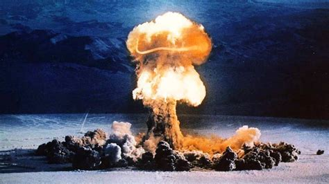 nuclear war bombs bomb explosion b53 cold atomic powerful nuke blast mushroom cloud 1962 test explosions space exploding desert nevada