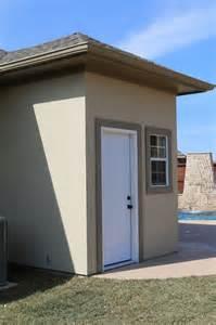 Pool Outdoor Bathrooms Toilets