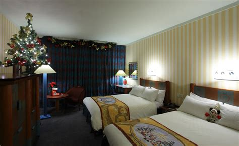 theme rooms disney enchanted christmas disneyland