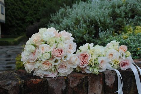 wedding bouquets for 10 best cain manor wedding flowers images on 8512