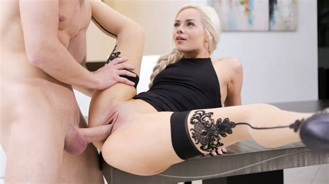Glamour Babe Elsa Jean Needs Some Passionate Sex Porn 78