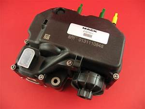Mack 21577511 Diesel Exhaust Fluid Pump