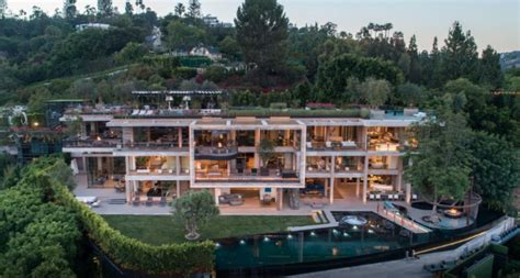 bel air mega mansion sells   million homes   rich