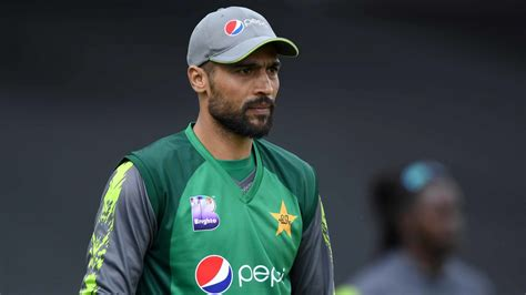 Icc World Cup Mohammad Amir Appeals Fans Not Use
