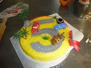 Gateau Anniversaire Garcon : gateau anniversaire 5 ans 1 happy birthday world ~ Melissatoandfro.com Idées de Décoration