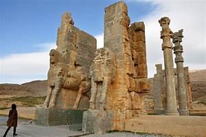 Persepolis | traveleum
