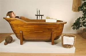 Holzbadewanne Selber Bauen : attraktive badezimmer mit badewannen aus holz ~ A.2002-acura-tl-radio.info Haus und Dekorationen