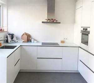 Schwarze Arbeitsplatte Küche : wei e k che mit grauer arbeitsplatte ~ Sanjose-hotels-ca.com Haus und Dekorationen