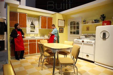 1940s kitchen design kitchen design from the 1940 s through the 1970 s 1030