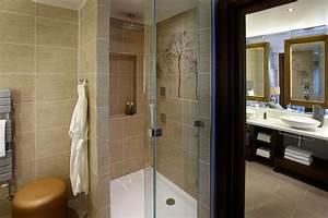 Aqua sana spa at woburn forest center parcs get west london for Discount bathrooms fulham