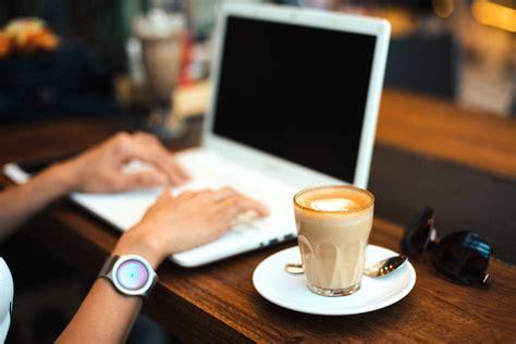 Free picture: keyboard, computer, coffee, desk, drink, laptop