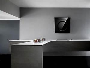 etonnante hotte de cuisine au design unique signe elica With aménagement cuisine originale