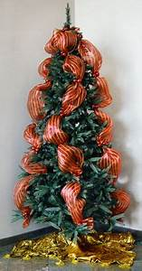 Christmas Trees and Deco Mesh on Pinterest