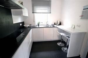 Arbeitsfläche Küche Vergrößern : referenzk chen ihr k chenstudio in schwabach ~ Markanthonyermac.com Haus und Dekorationen
