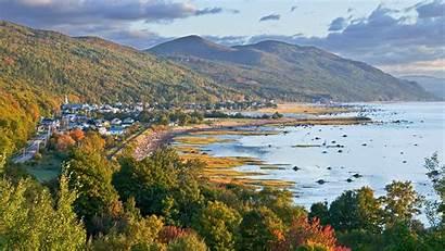 Village Quebec Bing River Mountains Between St