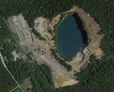 pennsylvania quarry discovers asbestos  rock shuts