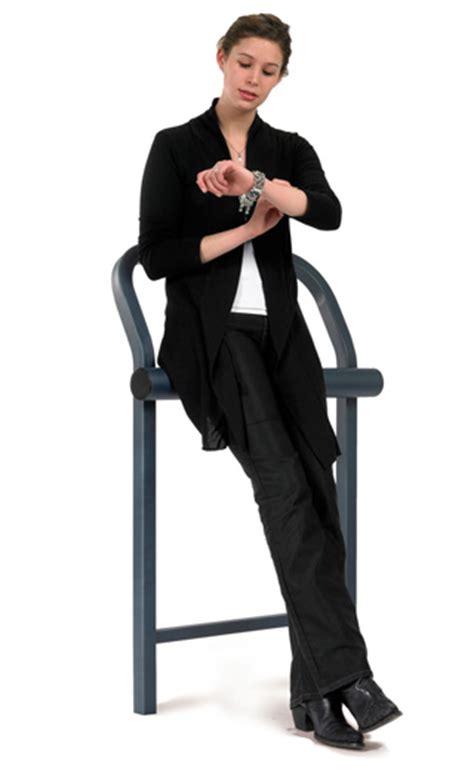 si e assis debout assis debout conviviale
