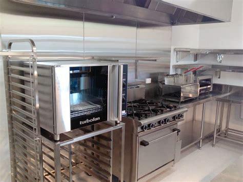 hospitality kitchen design best 25 kitchen equipment ideas on kitchen 1704