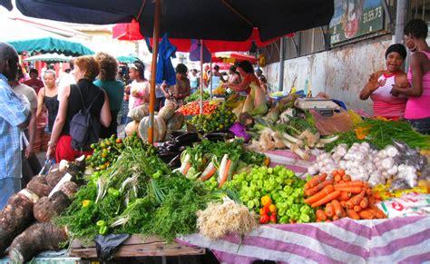 marché de la cuisine marchés de cayenne cuisine guyanaise le clairon le