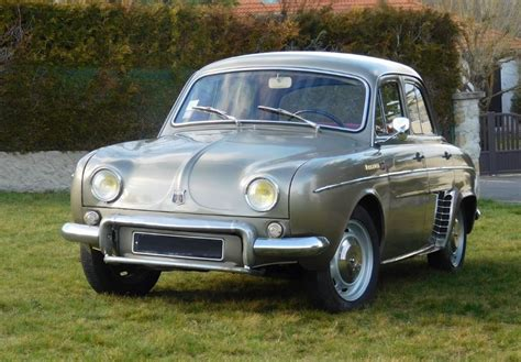 Location Renault Dauphine Ondine 1961 Gris 1961 Gris FRAISSES