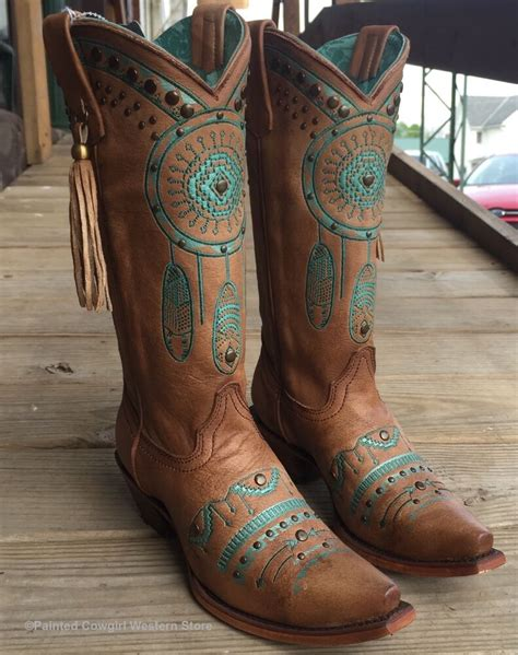 nib corral womens tan turquoise dream catcher embroidered