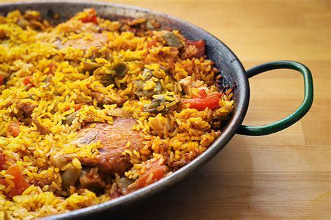 cucina spagnola paella paella valenciana la ricetta originale spagnola