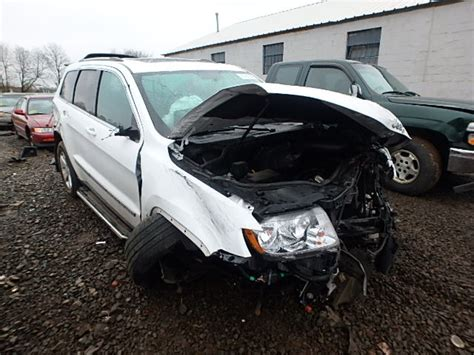 totaled jeep grand cherokee 2013 jeep grand cherokee 1c4rjfag0dc644279 salvage truth